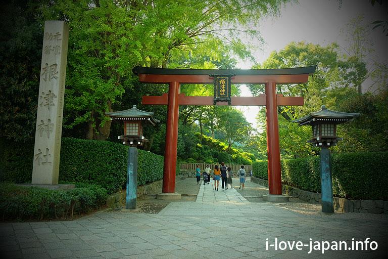 Nezu shrine(Bunkyo-ku, Tokyo)