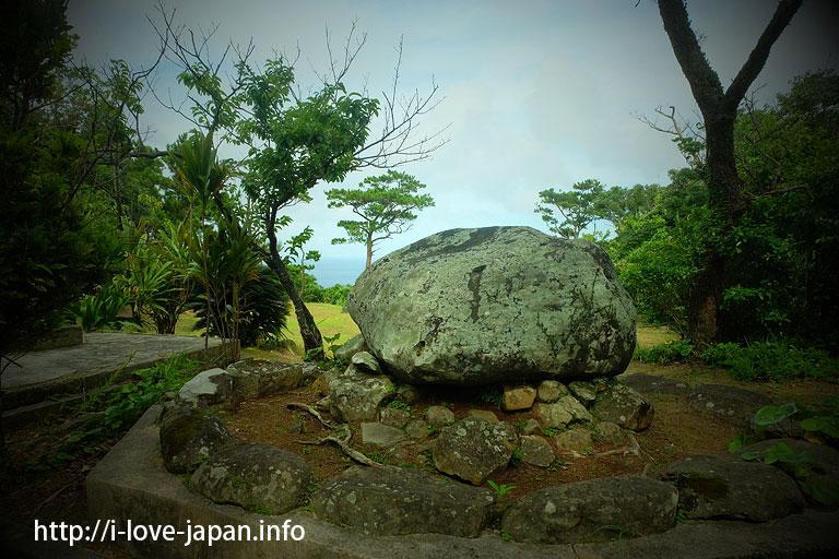 Sun Stone@Kume island (Okinawa)