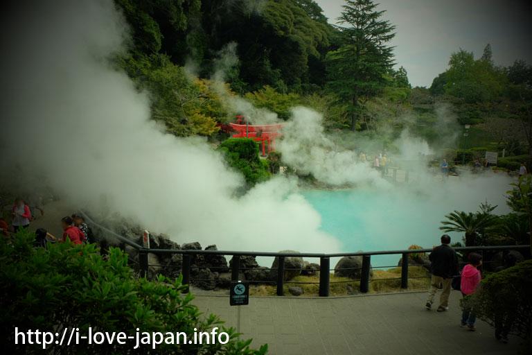 Hakuryuu(White dragon)Inari-Taijin in Sea hell/Umi-Jigoku(Beppu,Oita)