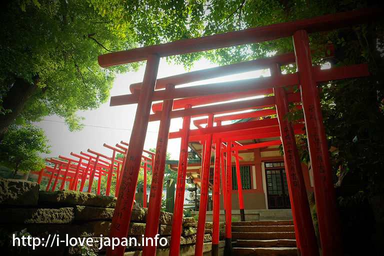 Ana-Inari-Shrine in Shinagawa-Shrine(Shinagawa-ku)