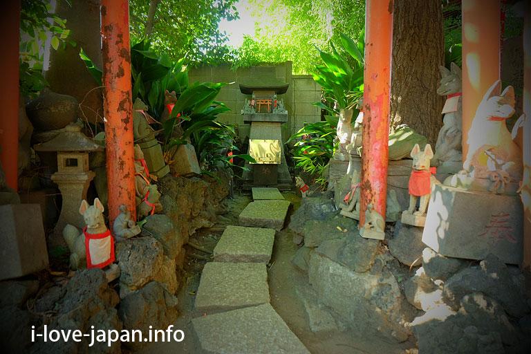 Anamori-Inari-Shrine