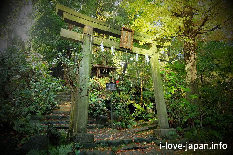 Akasaka Hikawa Jinja Shrine(Minato-ku,Tokyo)