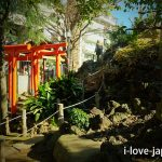 "First, Visit the main hall of ""Hatomori Hachiman Jinjya Shrine"""