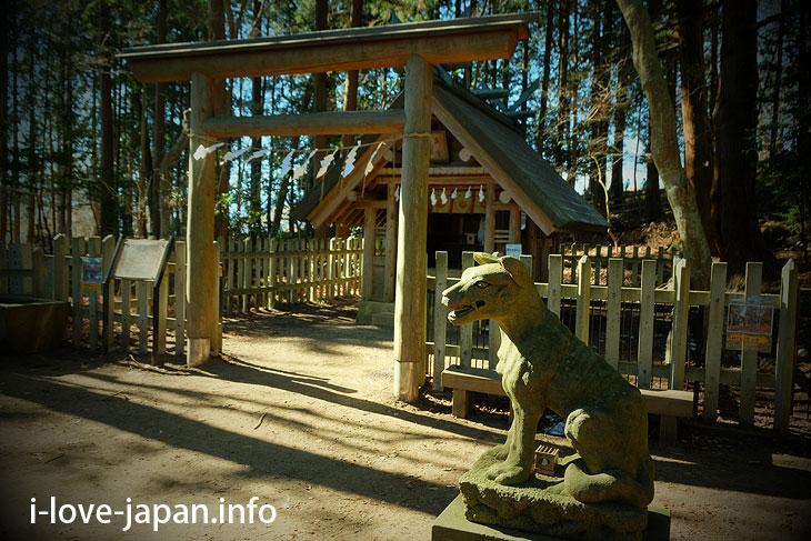 Hodosan Shrine Okumiya