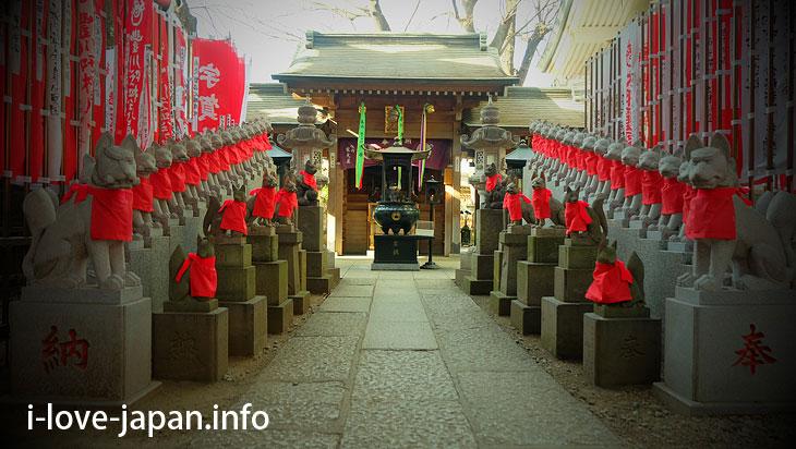 Toyokawa Inari Tokyo Betsuin is not a Shrine but a Temple (Minato-ku, Tokyo)