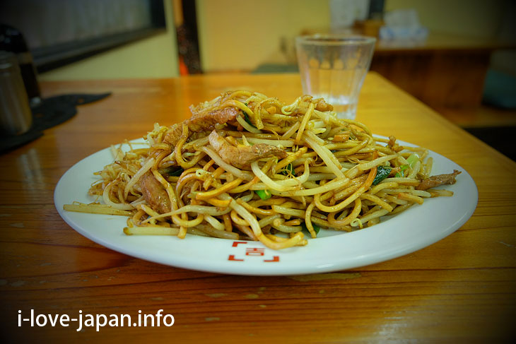 "Local food ""Hita Yakisoba"""