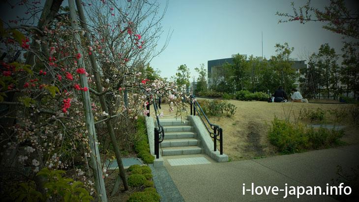 Here is the junction of the highway! Is it? Meguro Skylark Garden