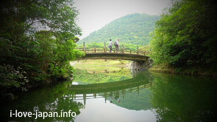 """Enjoy Japanese boat riding like """"Daimyo(feudal lords)""""@Ritsurin Garden (Takamatsu, Kagawa)"""