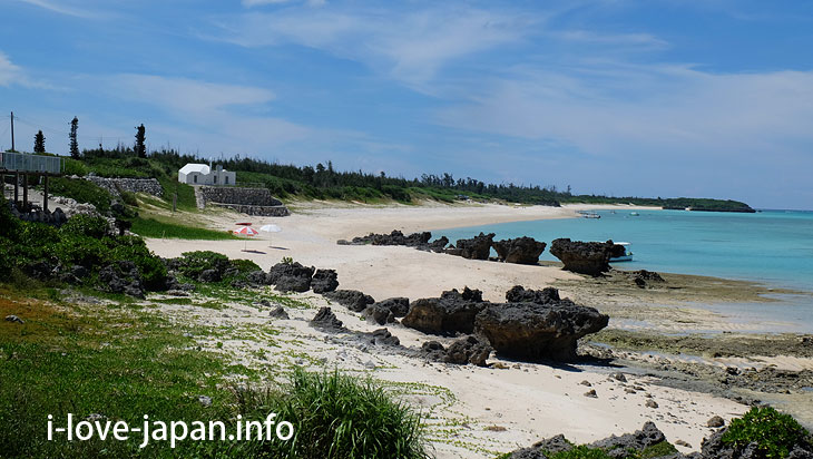 Must-see Strange rock favorite! Beach ring in Yoron Island